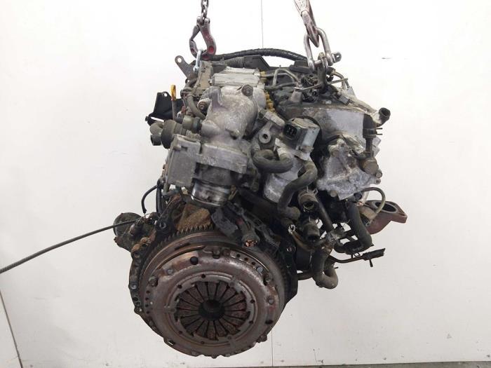Motor Toyota Avensis  5