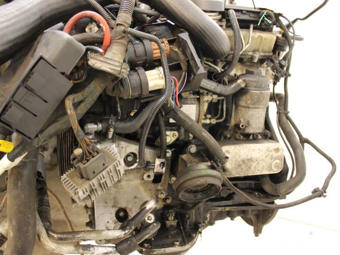 Motor Opel Omega  X20DTH 3