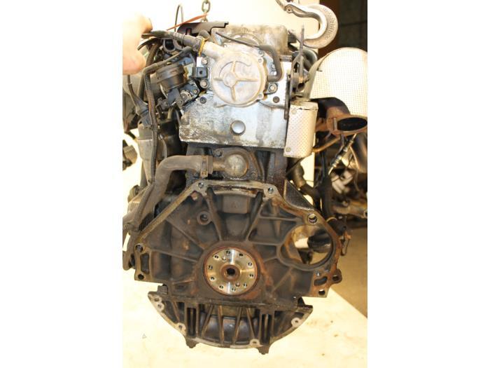 Motor Opel Omega  X20DTH 1