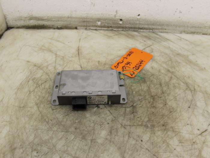 antenne versterker voor bmw 3 serie 65904149541 902201554239. Black Bedroom Furniture Sets. Home Design Ideas