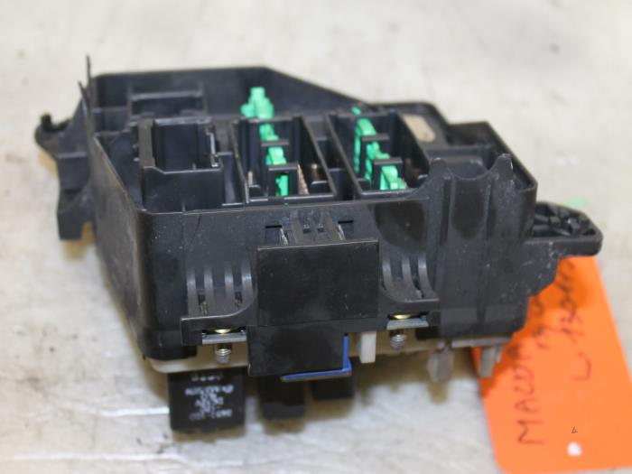 used mazda 323 fastbreak bj14 2 0 dtid 16v fuse box gils automotive