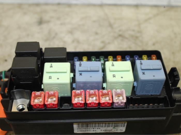 Fuse box for Mini Cooper S 093900270106D,690660405 ... Bmw Mini Cooper Fuse Box on mini cooper power steering fluid reservoir, mini cooper fan resistor, mini cooper heater hose, mini cooper throttle body, mini cooper brake switch, mini cooper transfer case, mini cooper ac diagram, mini cooper blower motor, mini cooper master cylinder, mini cooper a/c evaporator, mini cooper amp location, mini cooper trunk lid, mini cooper charcoal canister, mini cooper window motor, mini cooper fuses diagram, mini cooper brake fluid reservoir, mini cooper steering column, mini cooper lighter fuse, mini cooper body control module, mini cooper heater box,