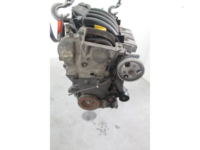 Motor Renault Megane K4MA7, K4M704 K4M704 3