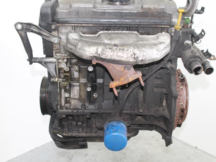 Motor Peugeot 206 HFZ11 HFZ 3