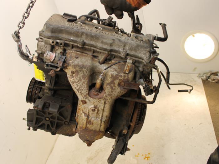 Motor Nissan Almera GA1414 GA14 1