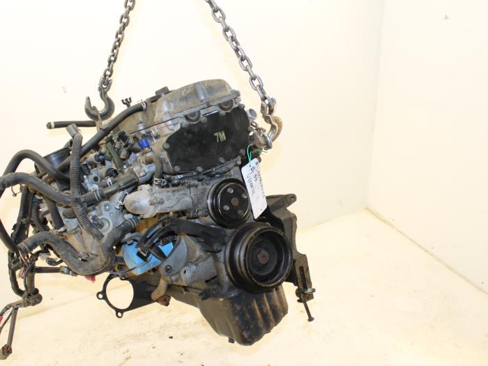 Motor Nissan Almera GA1414 GA14 3