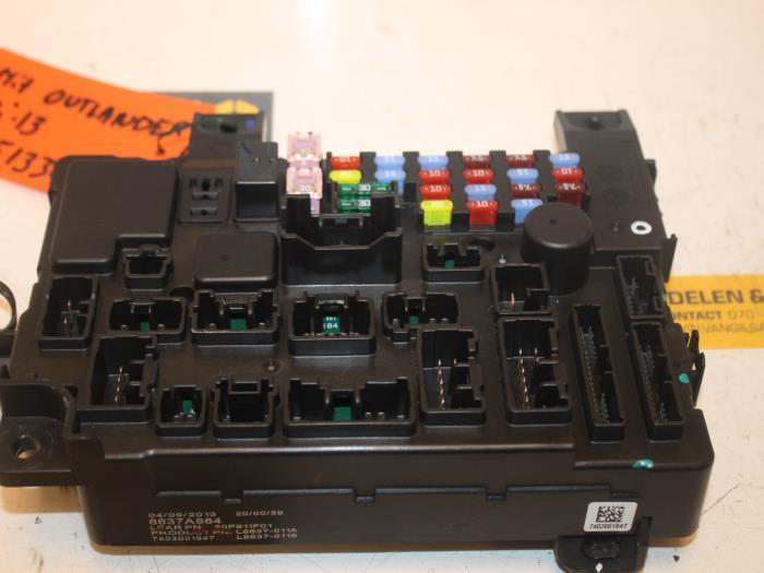 used mitsubishi outlander gf gp 2 0 16v phev 4x4 fuse box 8637a864 gils automotive