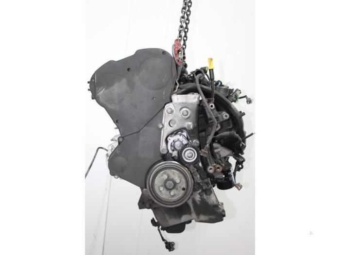 Motor Citroen Xsara Picasso  6FZ 3