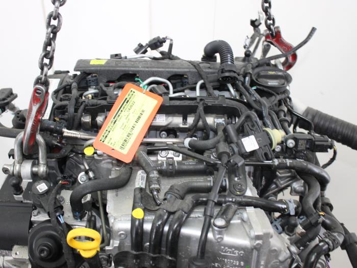 Motor Volkswagen Golf  CYKB 6