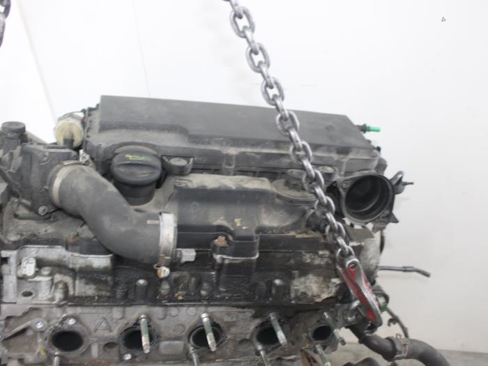 Motor Mazda 2.  F6JA 6