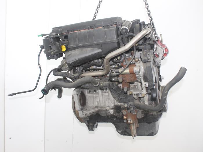 Motor Mazda 2.  F6JA 1