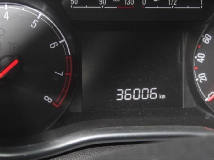 Motor Opel Karl 55580863 B10XE 7