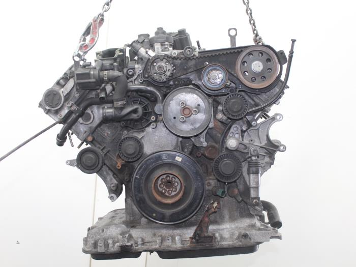 Motor Audi A4  CGK 4