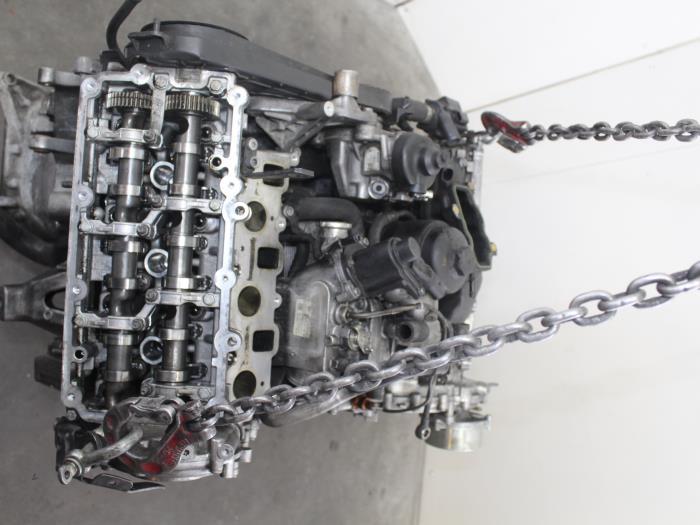 Motor Audi A4  CGK 6