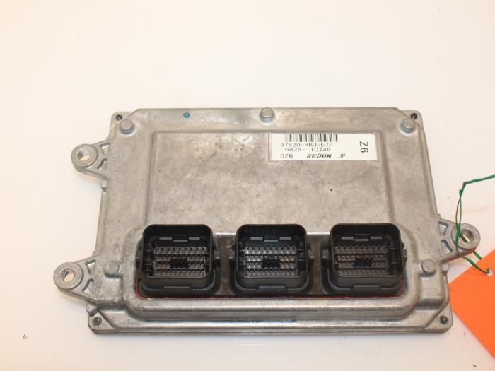Computer Motormanagement Honda Insight 37820RBJE76, 6828110749 LDA3 1