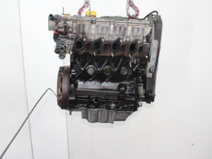 Motor Renault Kangoo  F9QR7,F9Q,R7 5