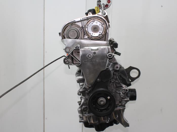 Motor Volkswagen Golf  CZD 5
