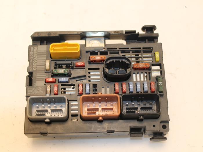 peugeot 308 fuse box cover wiring diagram Peugeot 308 Sedan fuse box for peugeot 308 9664706280 vangilsautodemontage nl