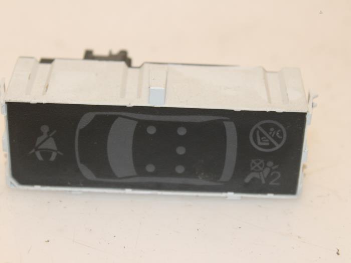 Display interieur peugeot 308 van gils automotive for Interieur peugeot 308