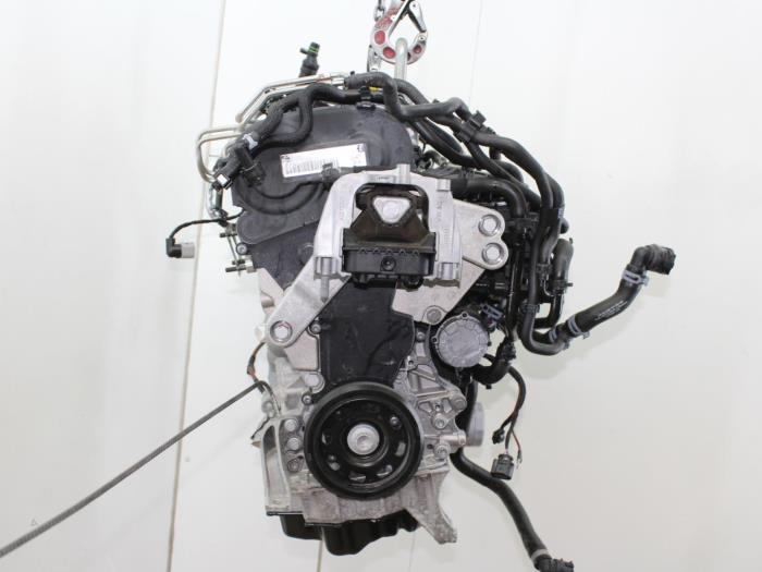 Motor Volkswagen Golf  CUKB 3