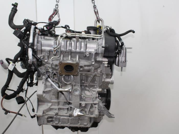 Motor Volkswagen Golf  CUKB 4