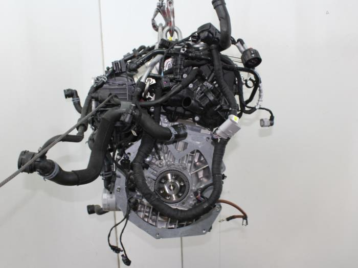 Motor Volkswagen Golf  CUKB 5