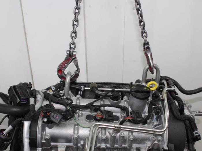 Motor Volkswagen Golf  CUKB 6