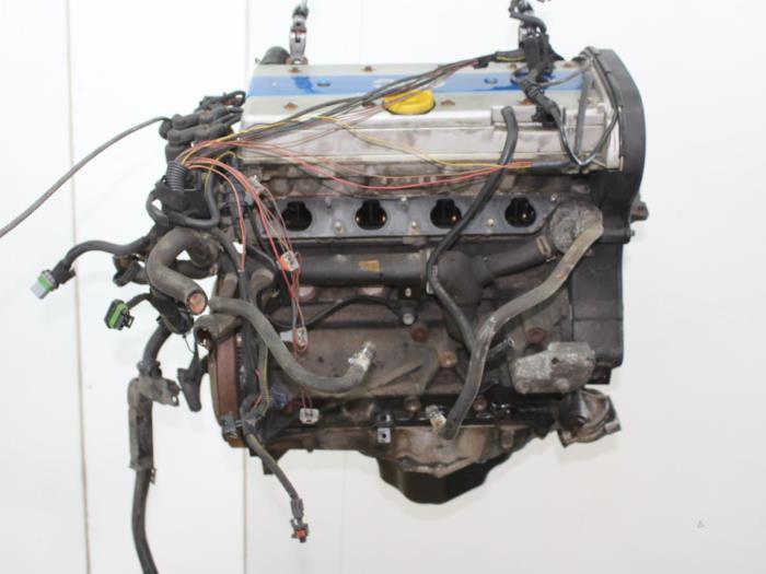 Motor Opel Astra  X20XER 4