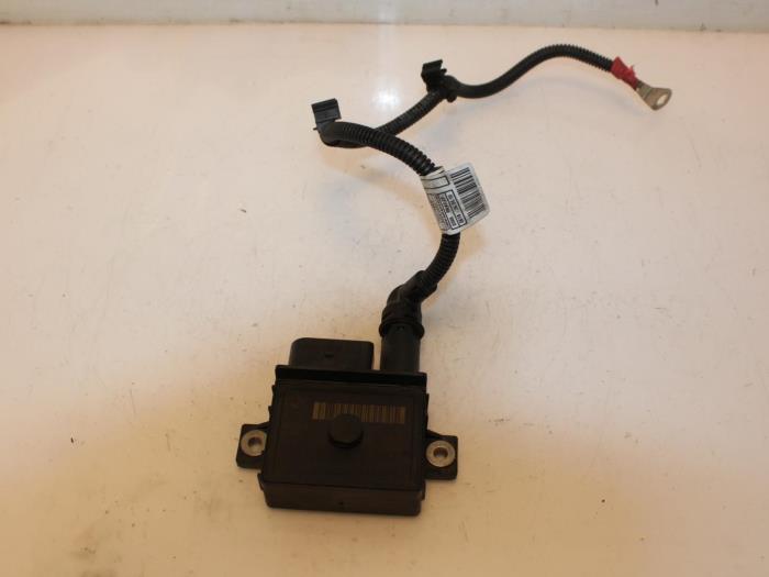 Glow plug relay - Van Gils Automotive