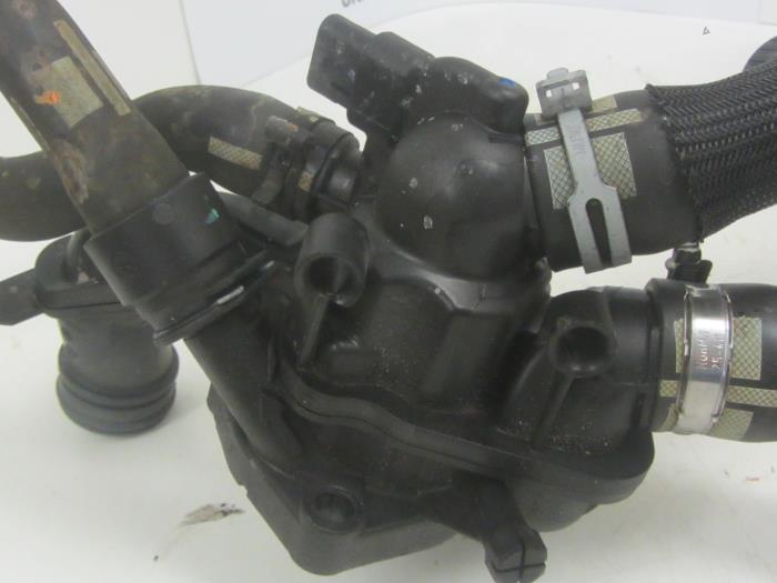 Koelvloeistof verdwijnt koppakking of thermostaat de for J and b motors