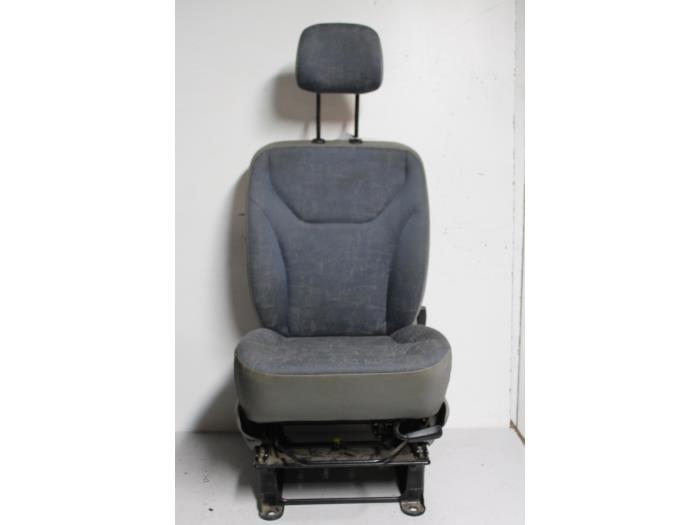 gebruikte renault trafic stoel rechts maresia parts