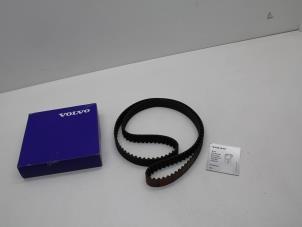 Distributieriem van een Volvo V70/S70 Foto 1