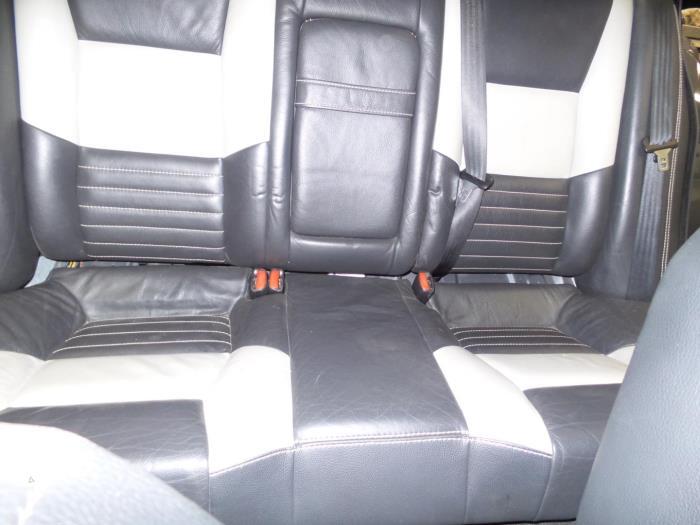 Gebruikte volvo s60 i rs hv 2 4 t5 20v interieur for Auto onderdelen interieur