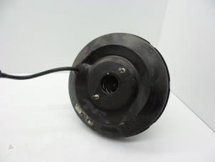Bremskraftverstärker van een Opel Vectra Foto 1
