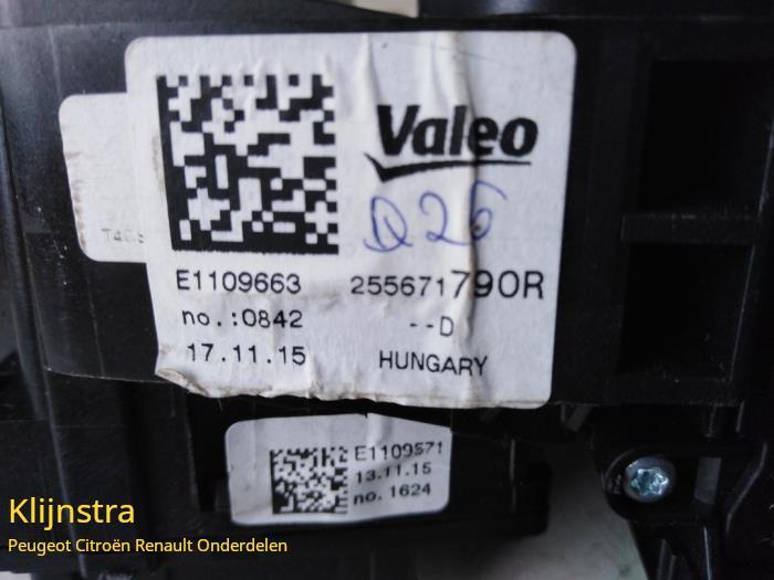 Combischakelaar Stuurkolom van een Renault Twingo 2015