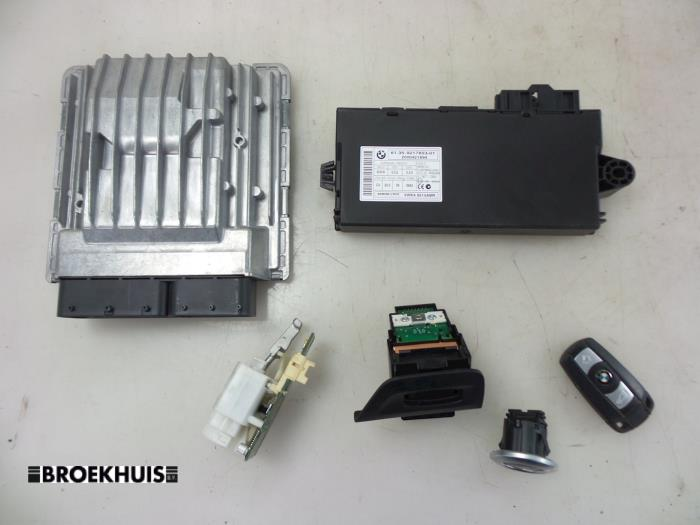 BMW 1-Serie Injection computer - car parts
