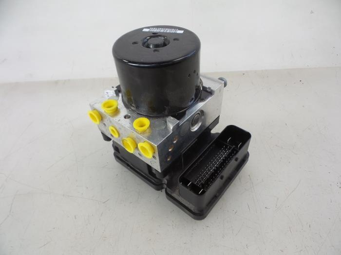 Volvo S40/V40 ABS pump - car parts