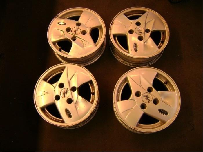 Ford Ka Set Of Wheels