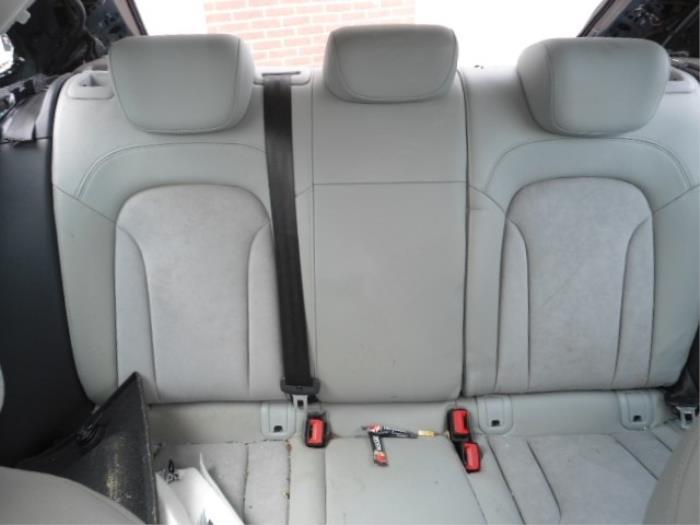 Gebruikte audi q3 8ux 2 0 16v tfsi 170 quattro interieur for Audi q3 photos interieur