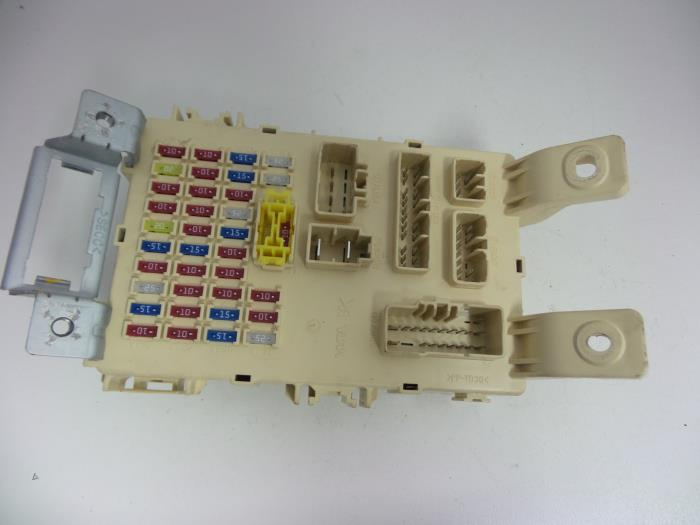 hyundai i20 fuse box simple wiring diagram cdn onderdelenlijn nl parts 100378 4563115 large c scion fuse box hyundai i20 fuse box