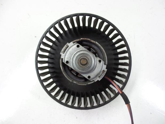 Ford KA Heating and ventilation fan motor - car parts