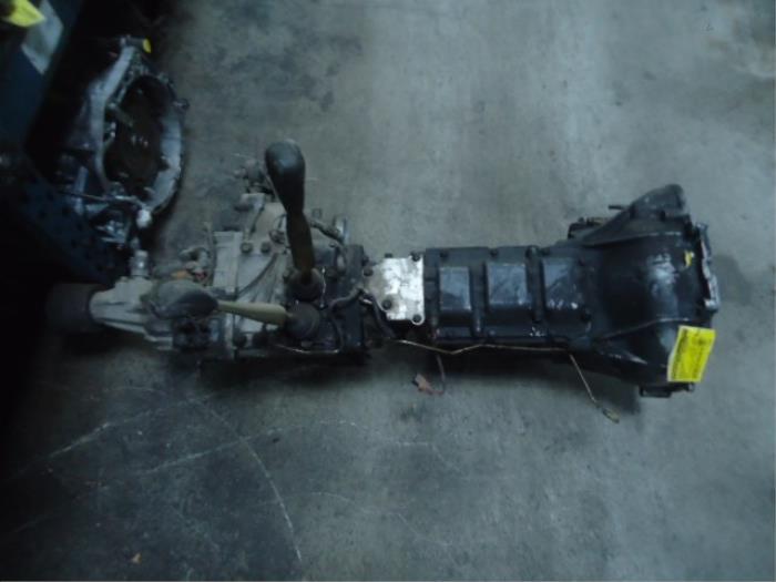 Mitsubishi Pajero Gearbox - car parts