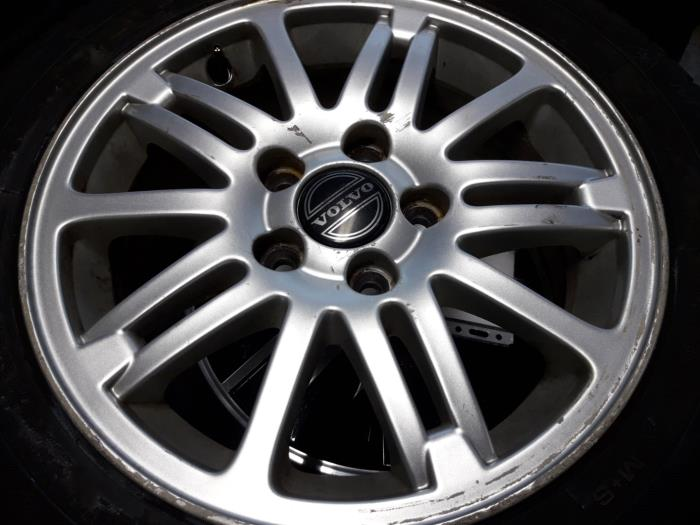 Volvo V70s70 Set Of Wheels Car Parts