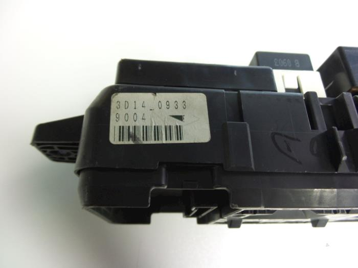 Volvo s40 v40 fuse box car parts