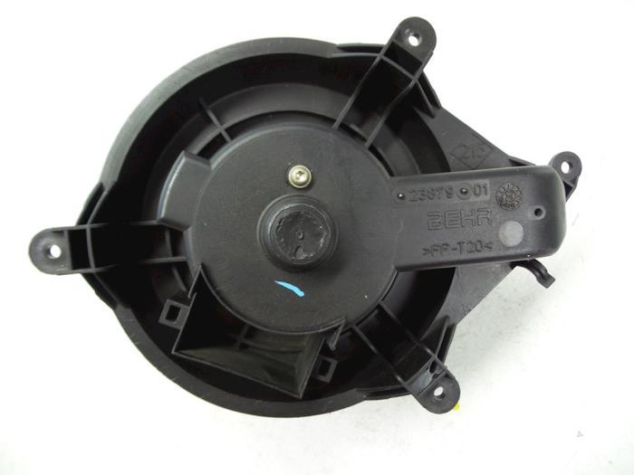 Renault Laguna Heating and ventilation fan motor - car parts