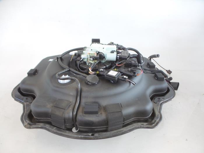 Volkswagen Touareg AdBlue tank - car parts