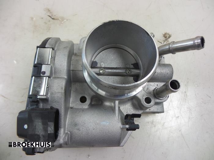 Kia Venga Throttle body - car parts