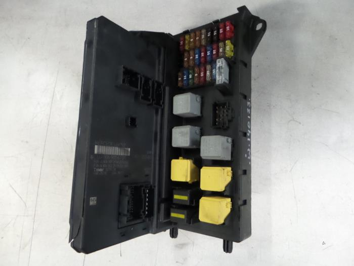 used mercedes sprinter fuse box a9065454301 bzj. Black Bedroom Furniture Sets. Home Design Ideas