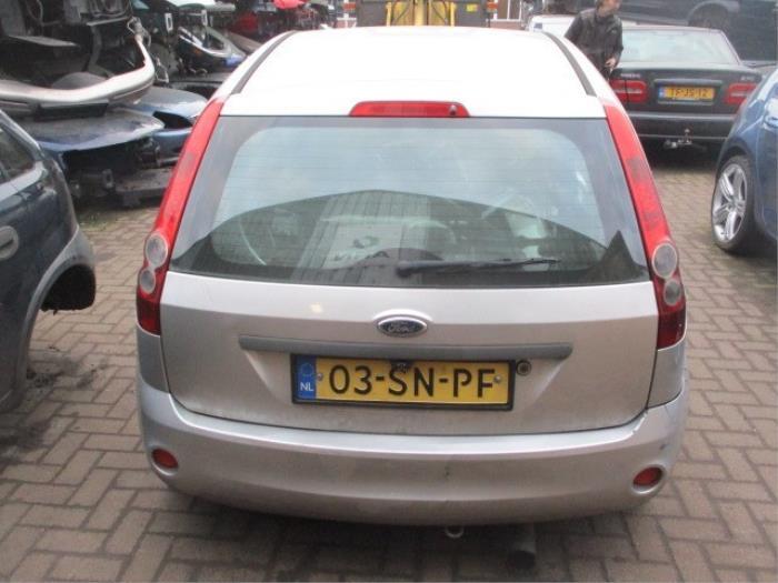Handgreep Achterklep van een Ford Fiesta VI 1.4 TDCi 2006