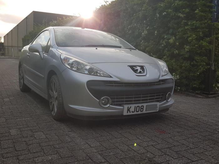 Gebruikte Peugeot 207 Cc Wb 1 6 16v Voorbumper Kleurcode Ezrc